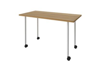 キャスター付きのテーブル