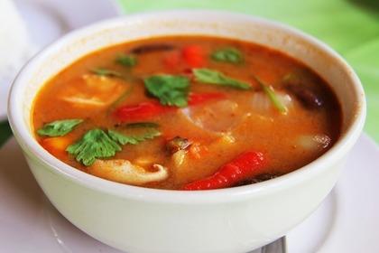 カレー風味のスープ