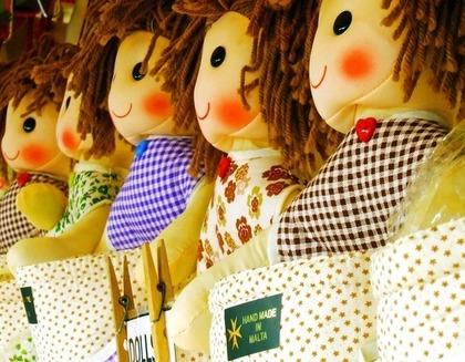 ハンドメイドの人形