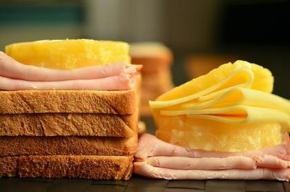 チーズとトースト