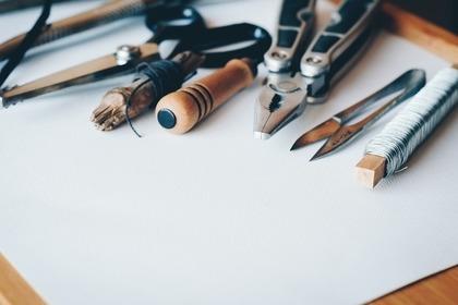 紙とDIY工具