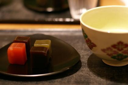 水ようかんとお茶
