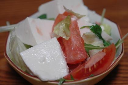 豆腐サラダのイメージ画像