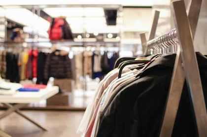 衣料品店の内装