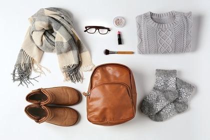 セーターとマフラーとカバンと靴と小物