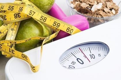 体重計と巻き尺