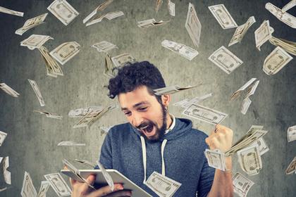 舞うお金と男性