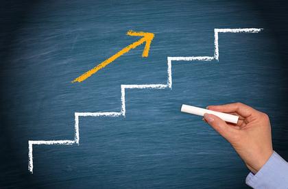 階段と矢印