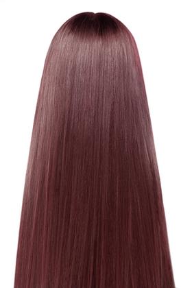 ピンクブラウンの髪
