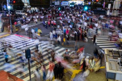 交差点と人混み