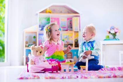 かわいい雑貨と子供たち