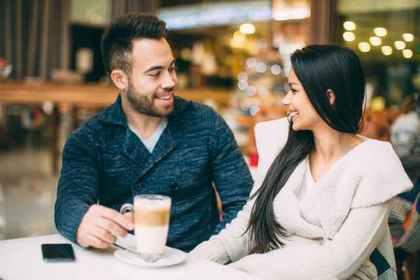 カフェで会話