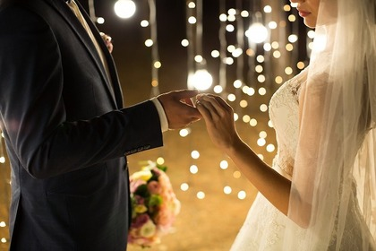 結婚をするふたり